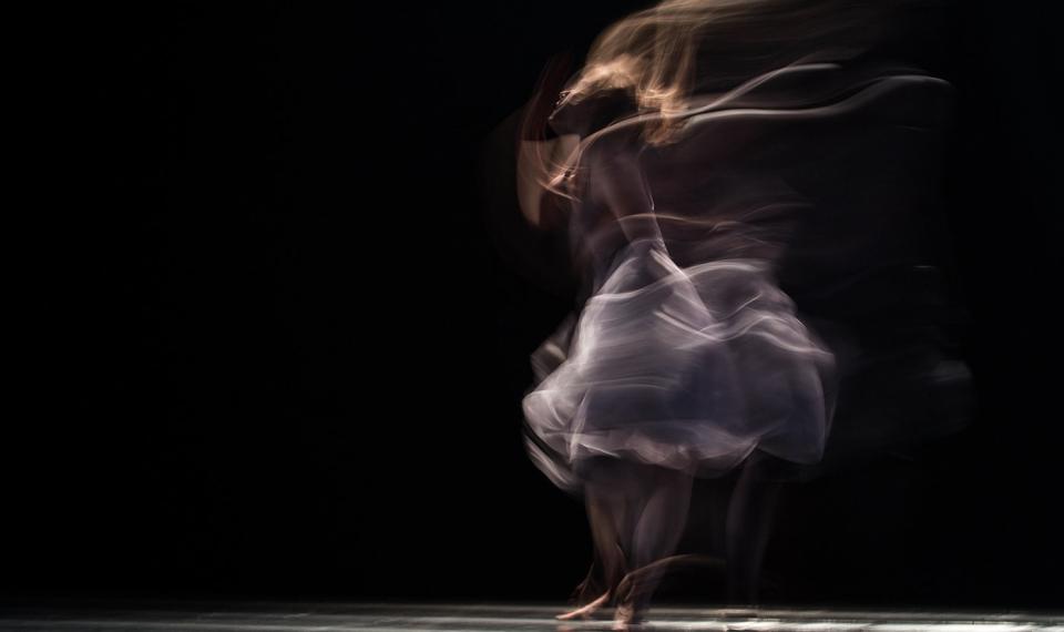 كيف يساعدني الرقص على التفكير و التفكير على الرقص؟